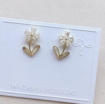 Select Flower Pierces with Zirconia