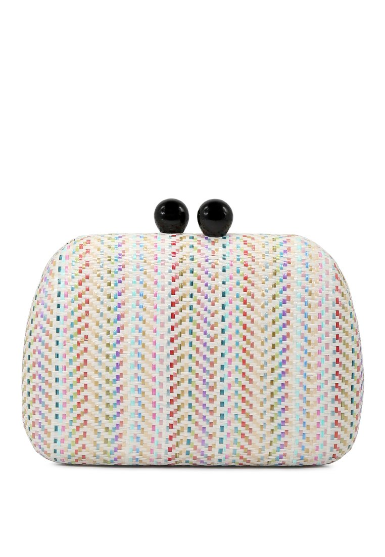 CLUTCH WITH DETACHABLE CHAIN STRAP