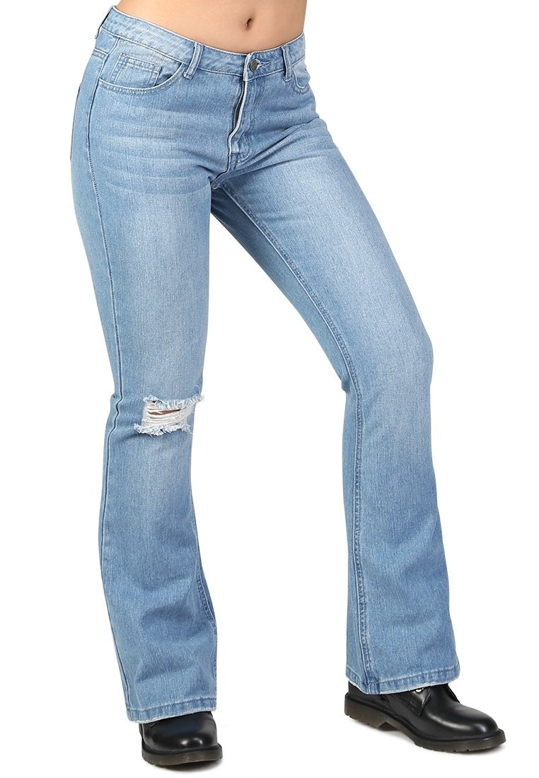 FLARED DISTRESSED JEANS