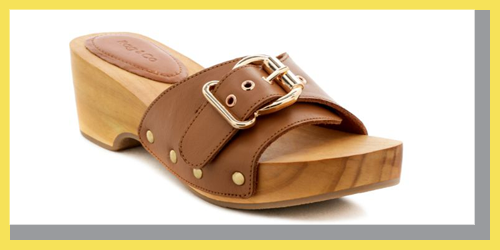 STUDDED LEATHER WOODEN CLOGS