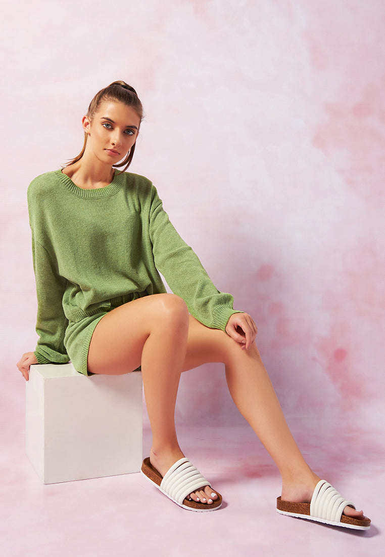 crew neck long sleeve pullover