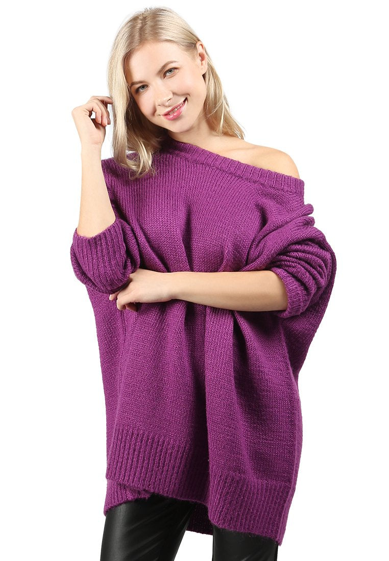 crew neck oversize sweater with ribbed bottom and cuffs