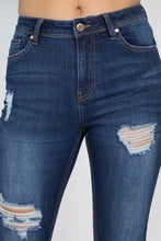 Load image into Gallery viewer, VINCENT Five Pocket Capri Dark Denim Jeans