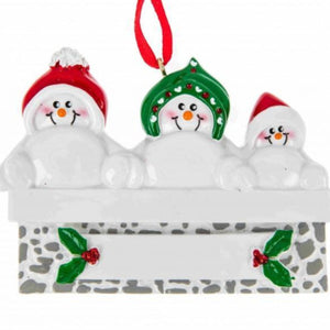Snowman on Mantle Family 3