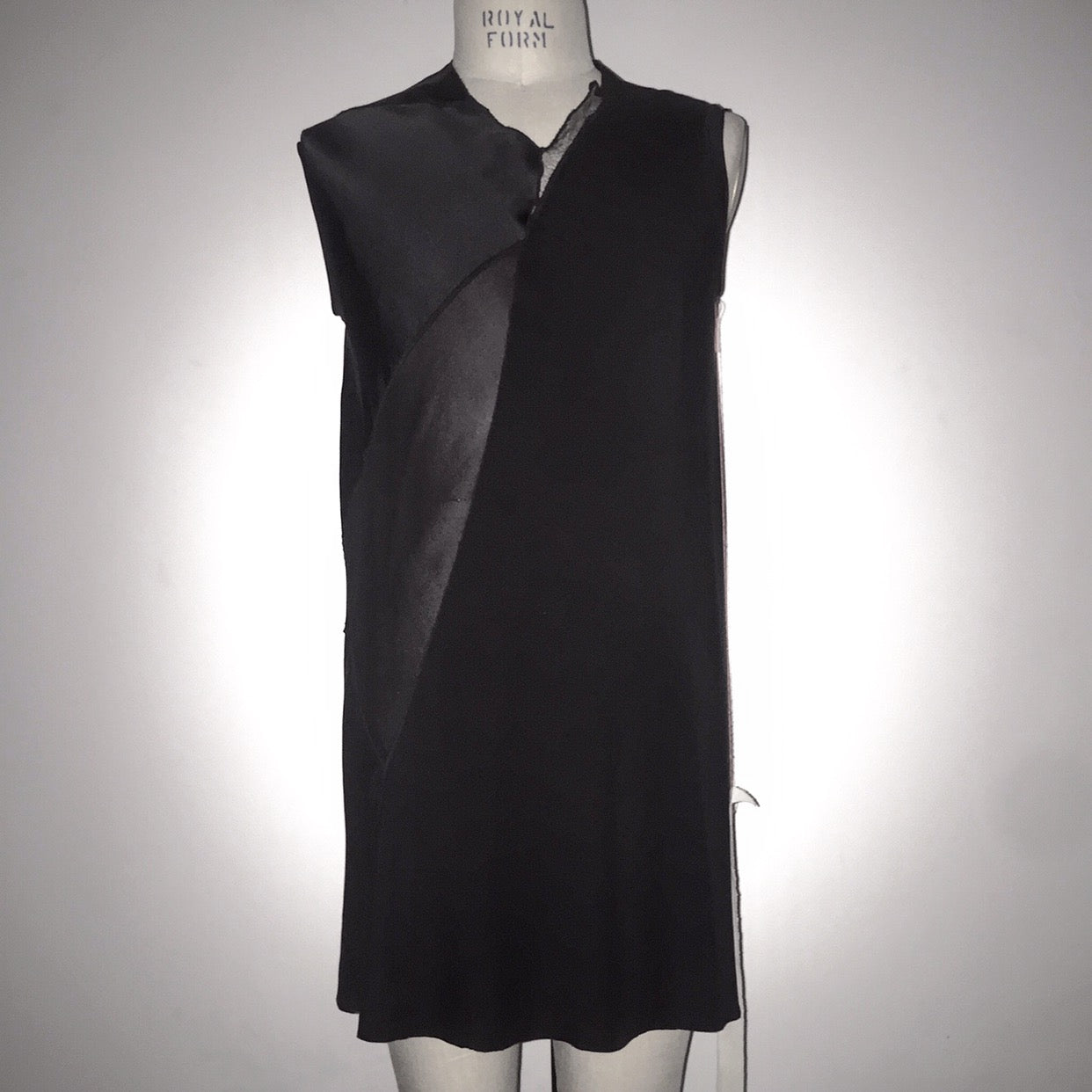 agender | kammacloth...one of a kind...medium, sleeveless tunic... ready to buy