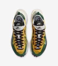 "Load image into Gallery viewer, Nike Sacai VaporWaffle ""Tour Yellow & Gorge Green-Sail"" - Shoe Engine"