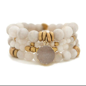 Grey Agate Gemstone stretch bracelet.