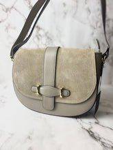 Load image into Gallery viewer, Italian Leather Saddle Bag