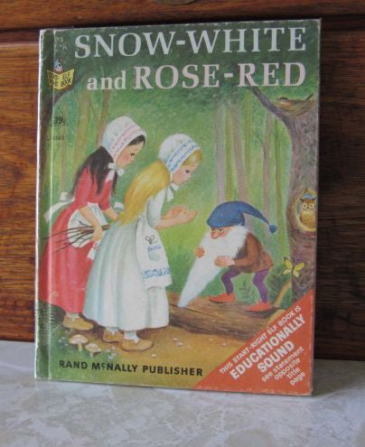Snow-White and Rose-Red  A Start-Right Elf Book