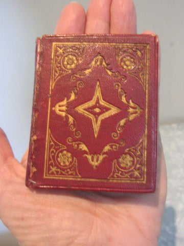 The Book of Psalms: Translated out of The Original Hebrew; By His Majesty's Command - Miniature Book