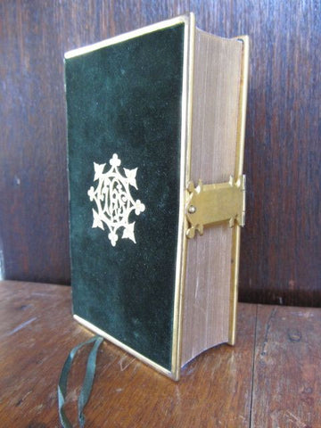 A Book of Common Prayer, and Administration of The Sacraments, and other Rites and Ceremonies of the Church, according to the use of the United Church of England and Ireland