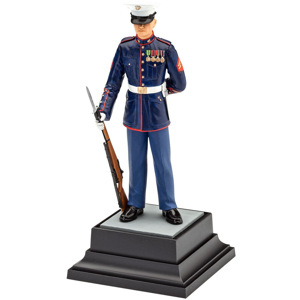 Revell-of-Germany-1-16-US-Marine