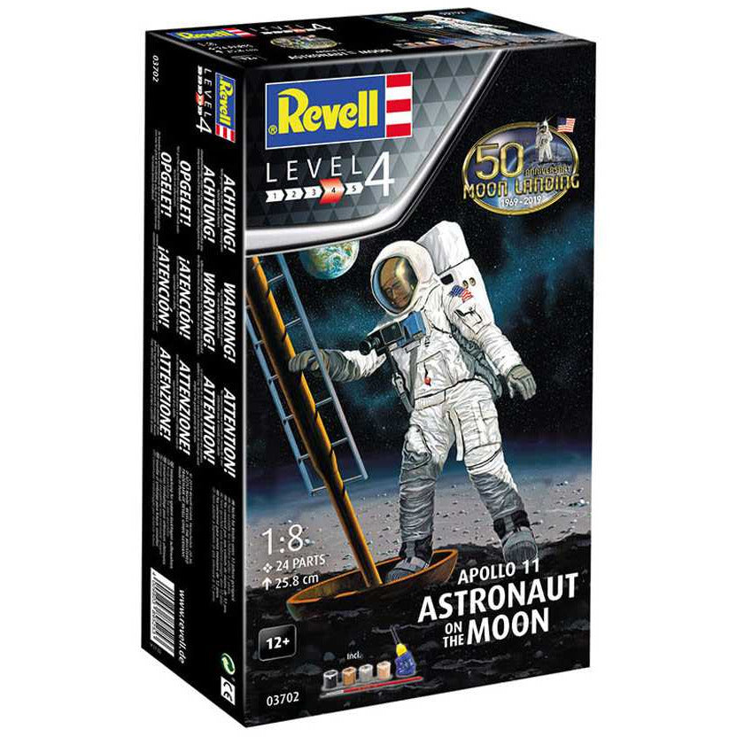 Revell 1/8 Apollo 11 Astronaut on the Moon 50th Anniversary Moon Landing