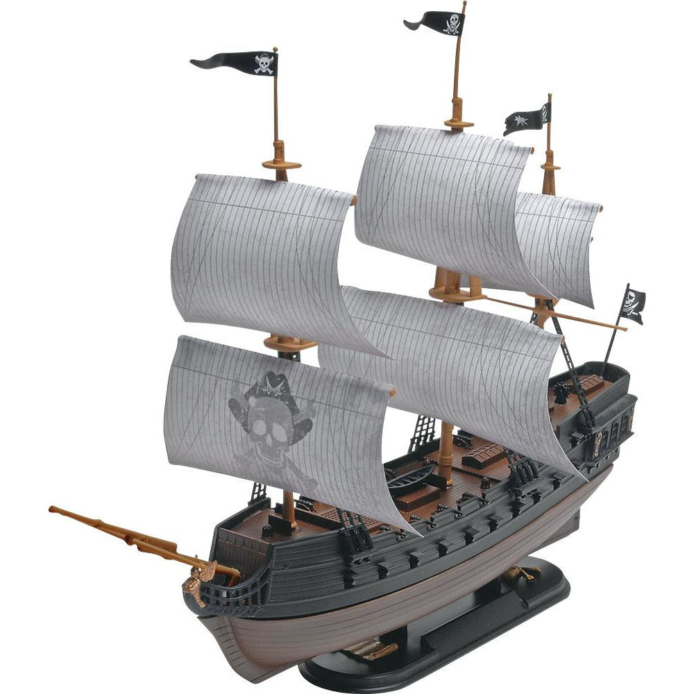 Revell Black Diamond Pirate Ship Scale 1:35 model kit