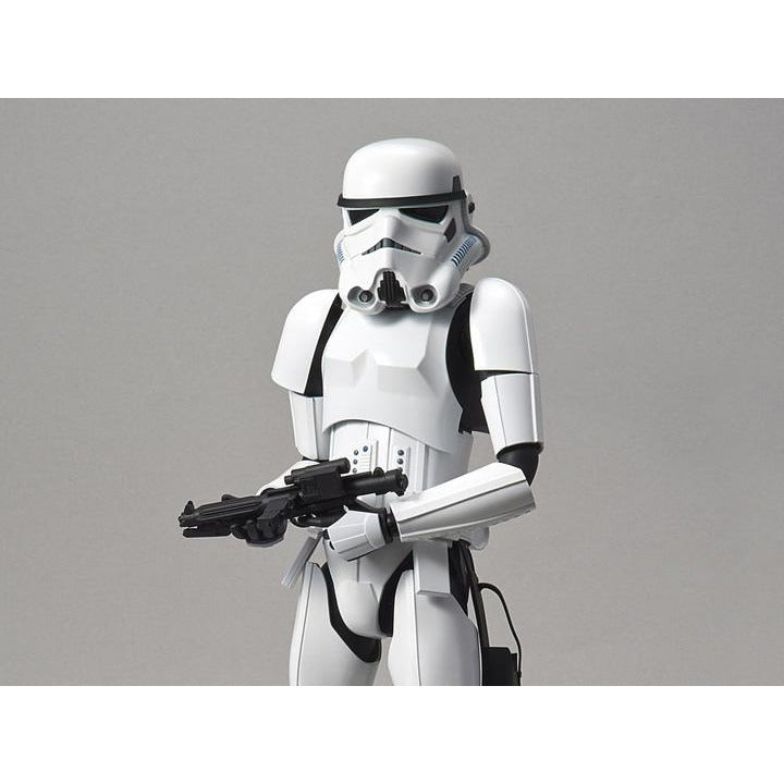 Bandai 1-6 Star Wars Stormtrooper with E Blaster