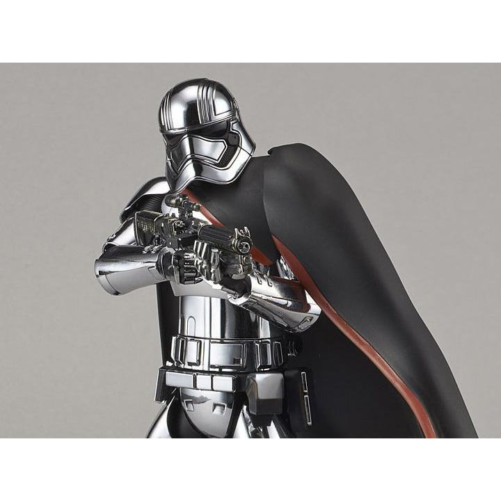 Bandai 1-12 Star Wars Captain Phasma
