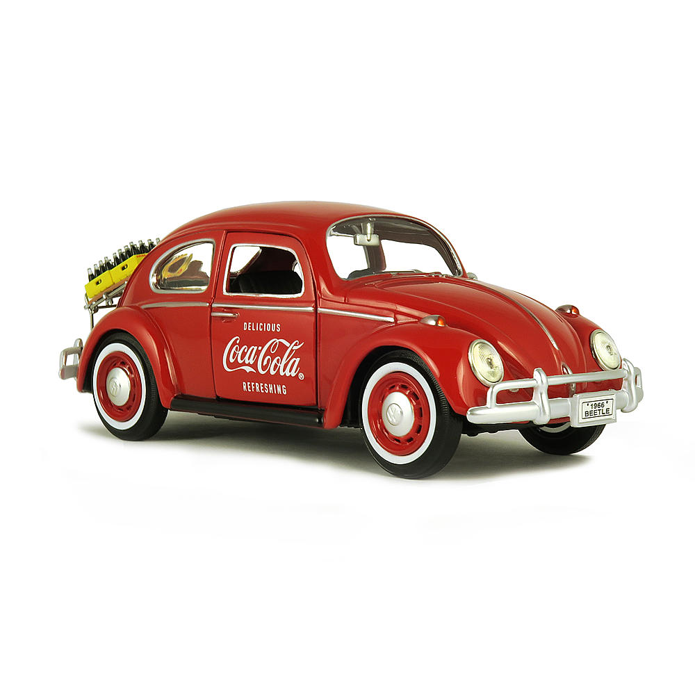 Motor City Classics 1:43 1966 VW Beetle with Rear Luggage Rack with 2 Bottle Cases