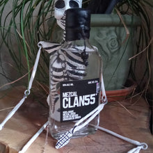 Load image into Gallery viewer, Mezcal Clan 55 Skeleton
