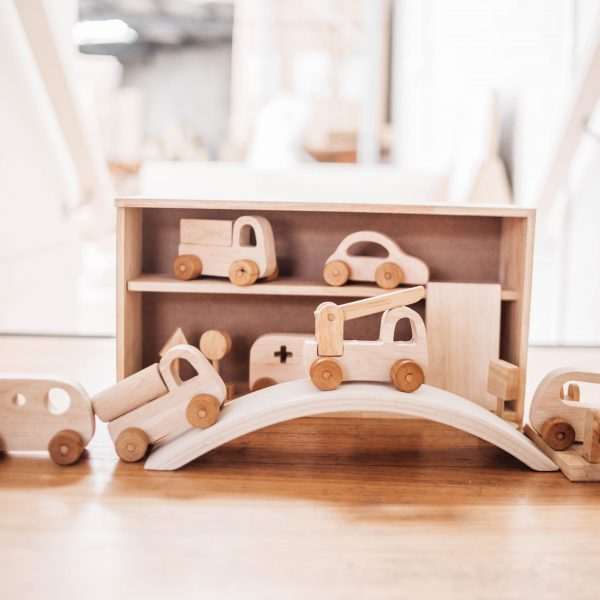 Vehicle wooden toy play set