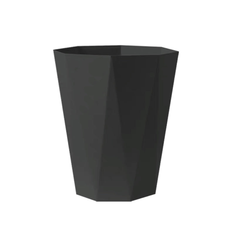 Simple trash can home