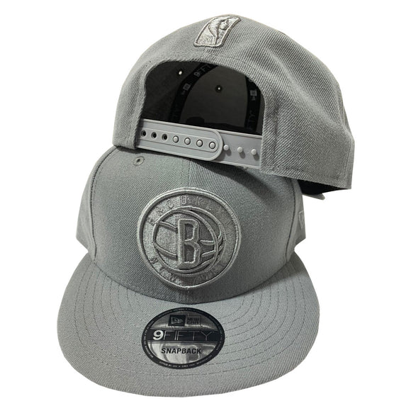 BROOKLYN NETS NEW ERA DARK GRAY TONAL 9FIFTY SNAPBACK HAT