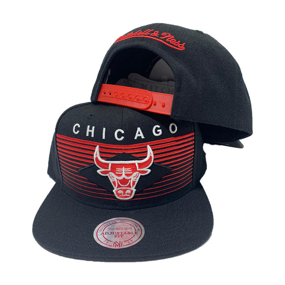 MITCHELL AND NESS NBA CONCORD BLACK CHICAGO BULLS SNAPBACK