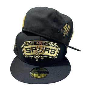 SAN ANTONIO SPURS NEW ERA 59FIFTY ALL BLACK HAT WITH METAL LOGO