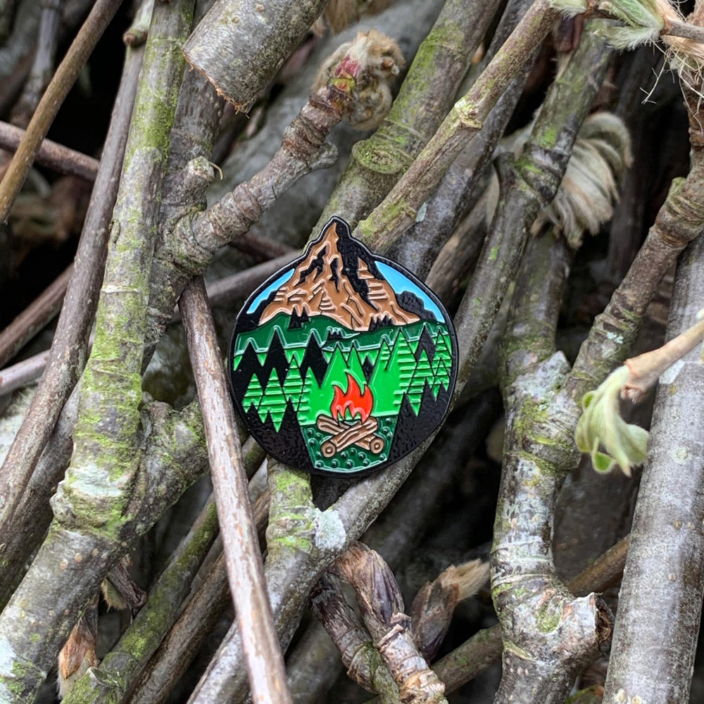 campfire-enamel-pin-hiking-scottish-gift