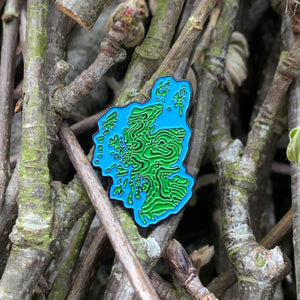 map-of-scotland-hiking-enamel-pin
