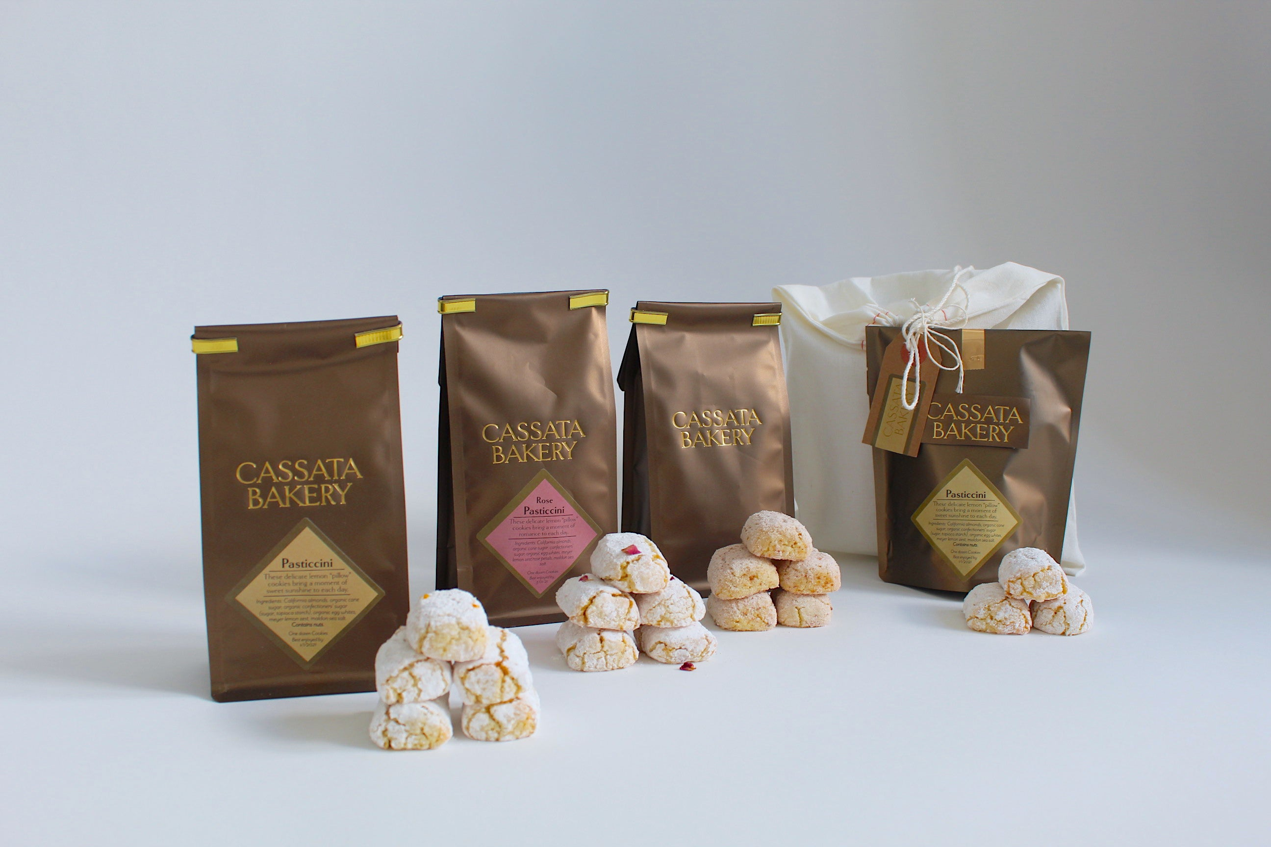 CASE: 6 Bags of our Delicate Lemon Pasticcini