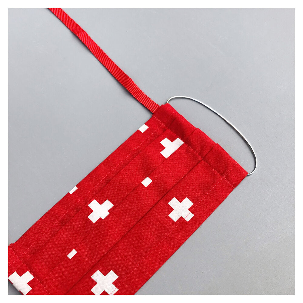 "FACE MASK RED ""SWITZERLAND"" WITH NECK CORD (M)"