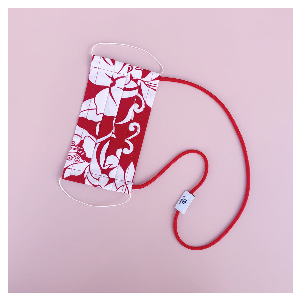 RED WHITE FLOWER PRINTFACE MASK WITH NECK CORD (M)