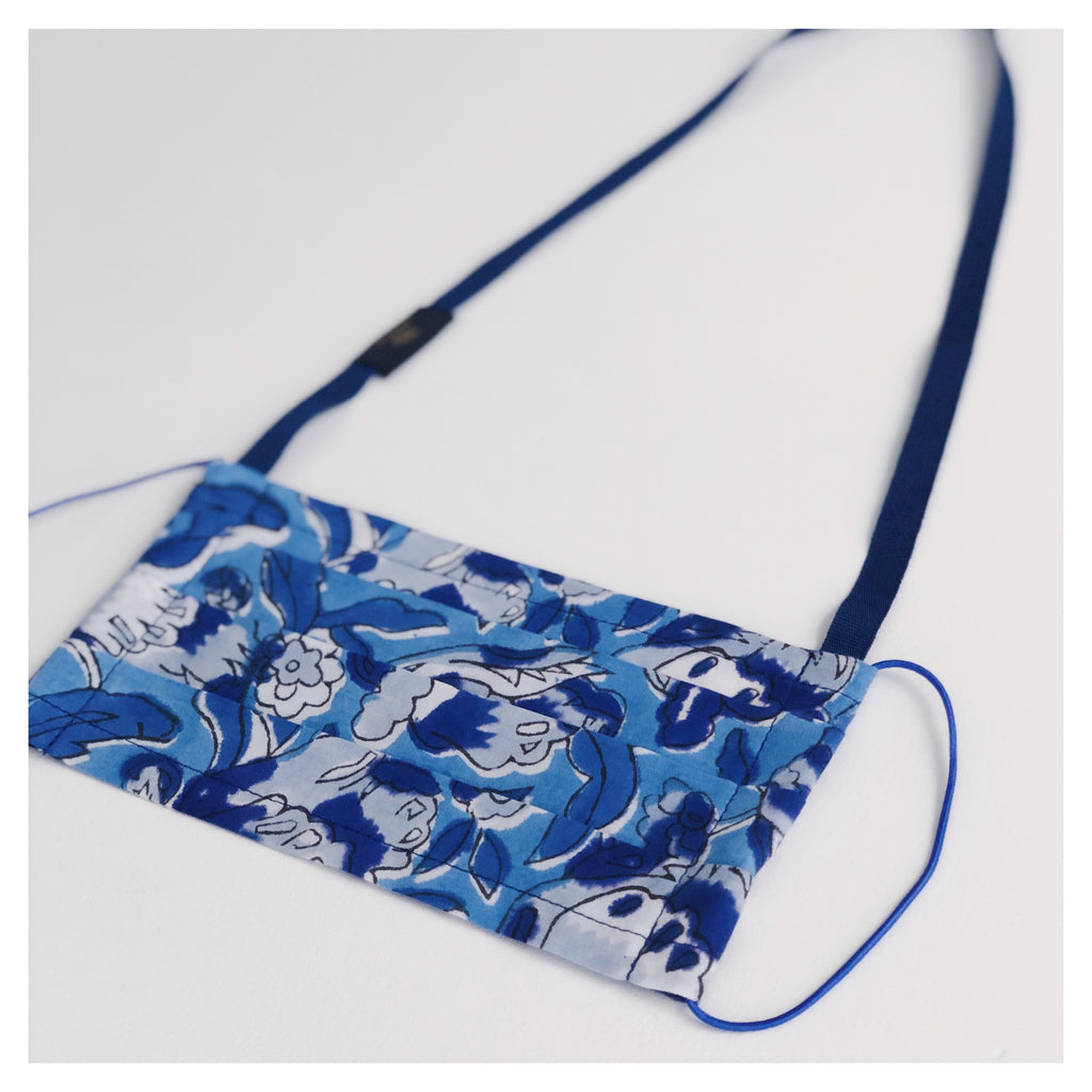BLUE FLOWER FACE MASK WITH NECK CORD (M)