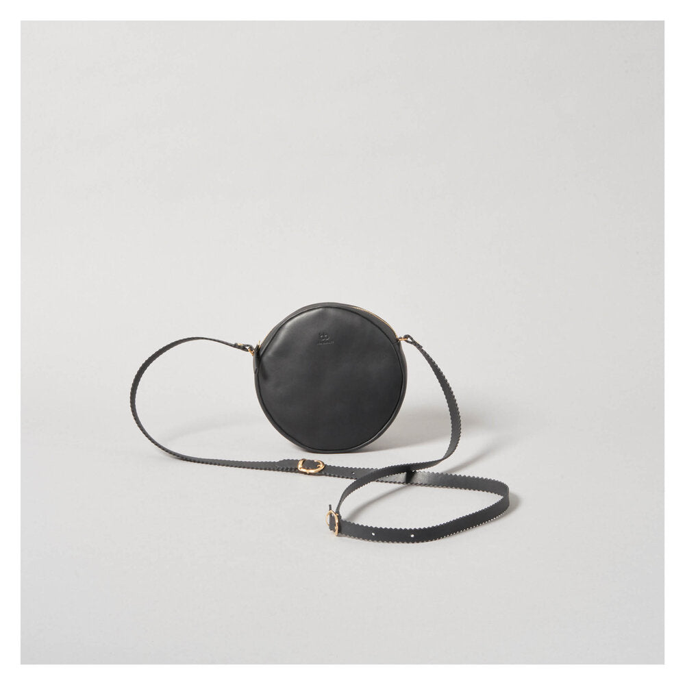 CIRCLE 'DIRNDL' BAG black