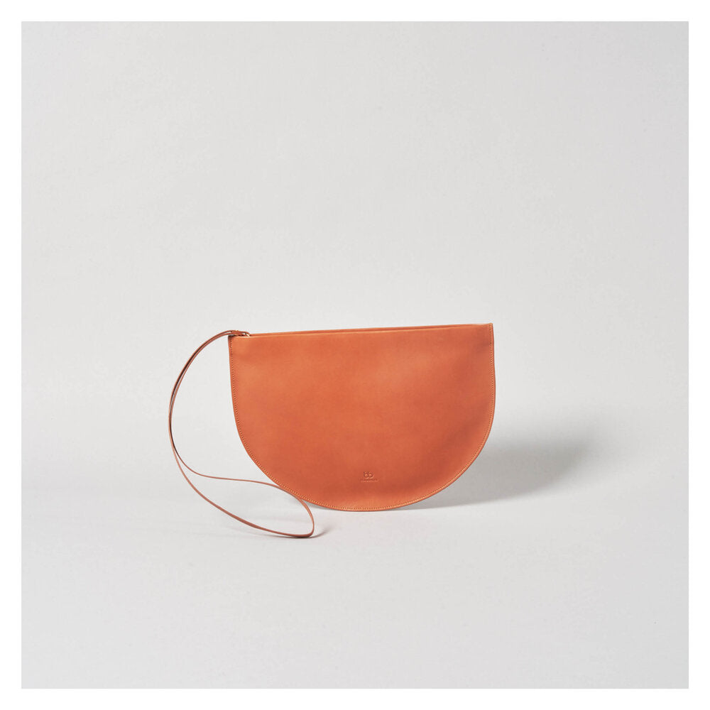 NEW MOON CLUTCH cognac