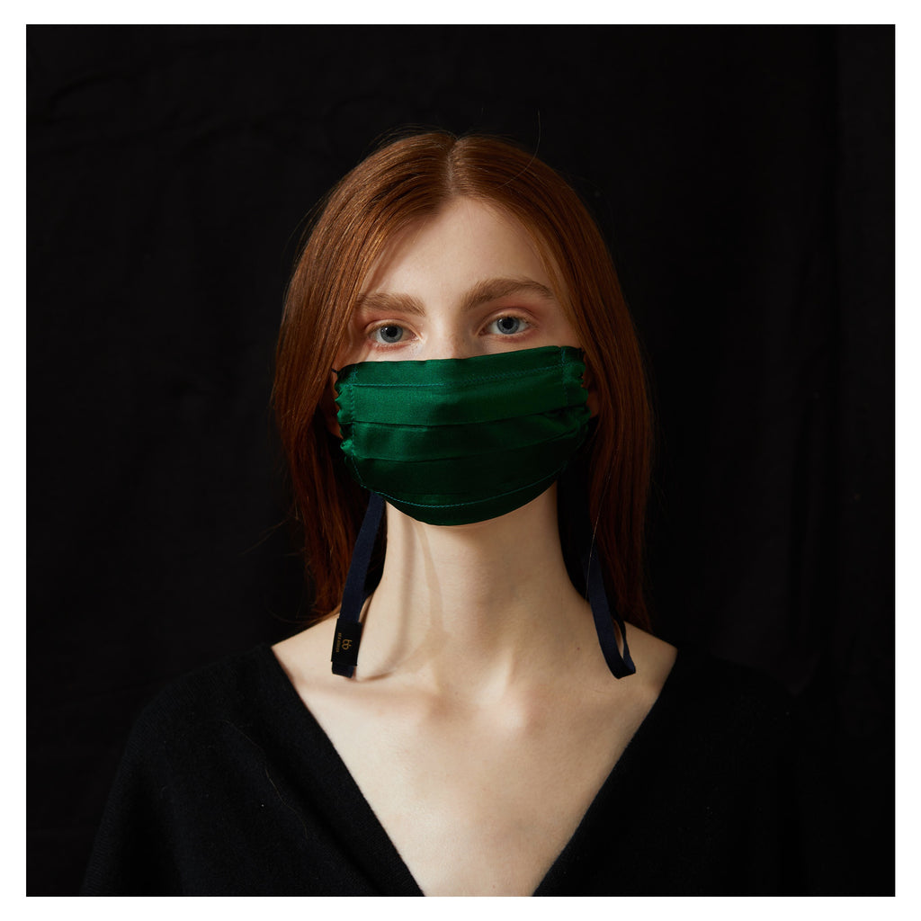 GREEN SILK FACE MASK WITH NECK CORD (M)