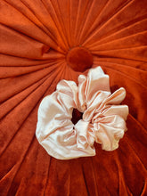 Load image into Gallery viewer, Ballerina Pink Oversized Silk Scrunchie