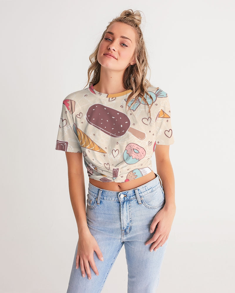 Sweet tooth Women's Twist-Front Cropped Tee