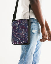 Load image into Gallery viewer, Paisley Beauty Messenger Pouch
