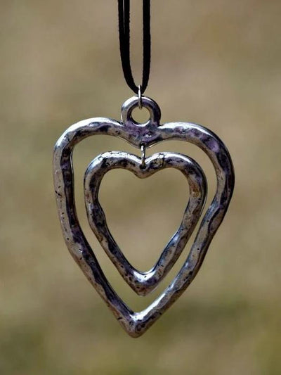 Double heart-shaped brown leather long necklace