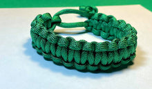 Load image into Gallery viewer, Dark Green Paracord Bracelet