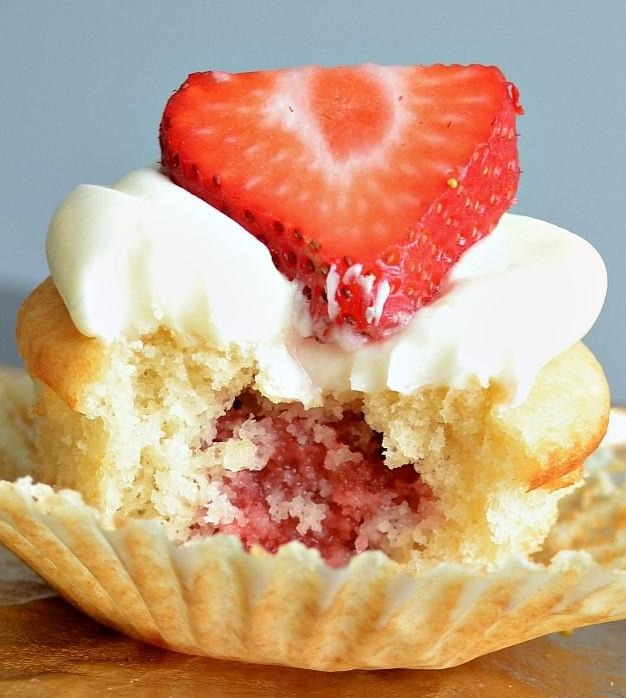 Gluten-Free Vanilla & Strawberries