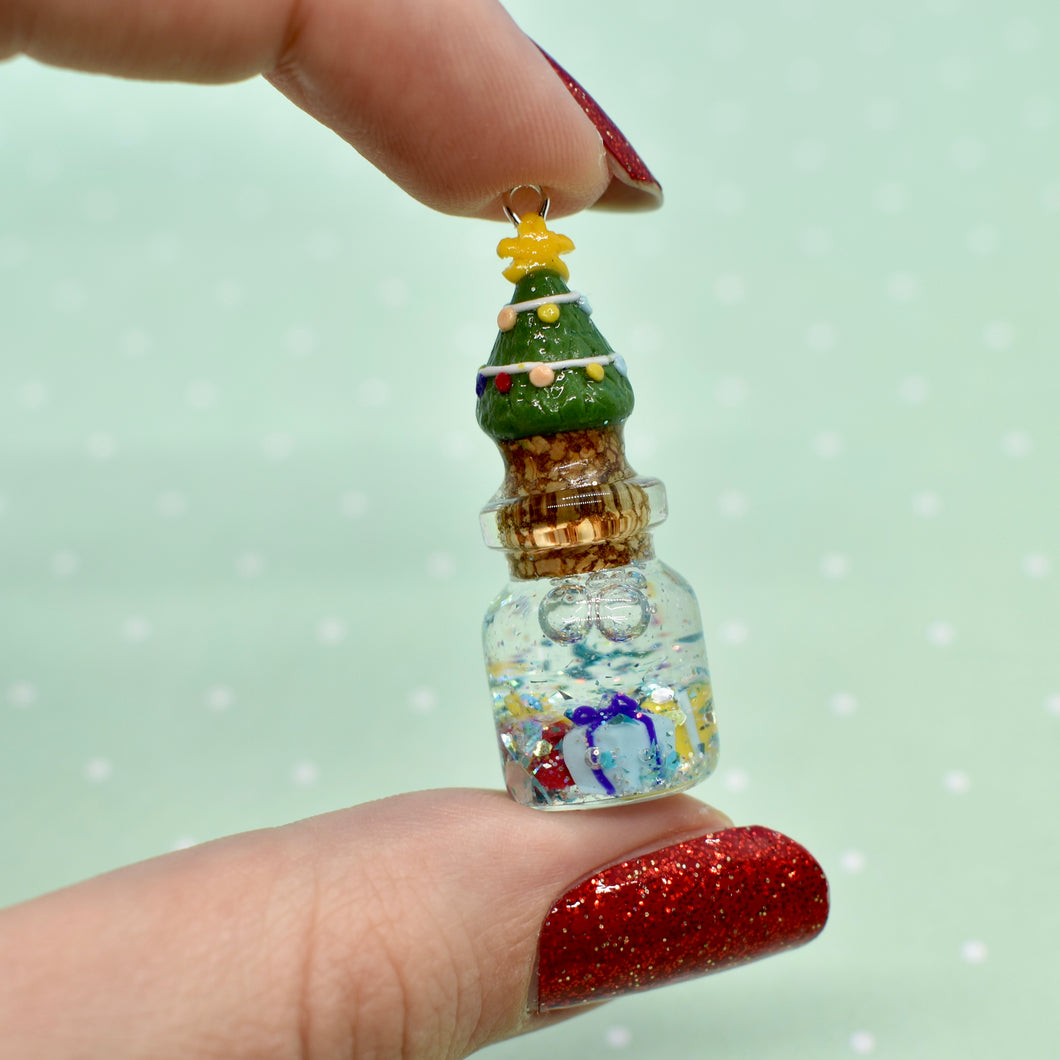 Christmas Tree Bottle Shaker