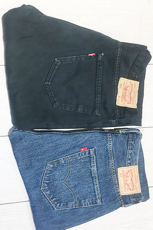 Jeans Levis W34 ( equivalent taille 42FR )