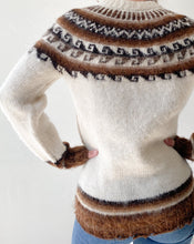 Load image into Gallery viewer, Vintage Norwegian Wool Sweater