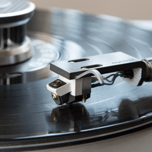 Load image into Gallery viewer, Audio-Technica AT-ART1000 moving coil cartridge