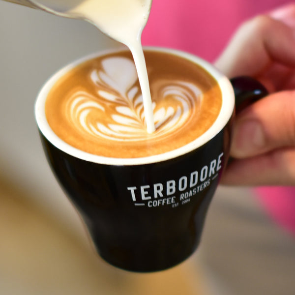 Terbodore-Coffee-Lifestyle