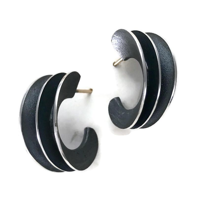 Planal Hoop Earring | Samantha Freeman Design