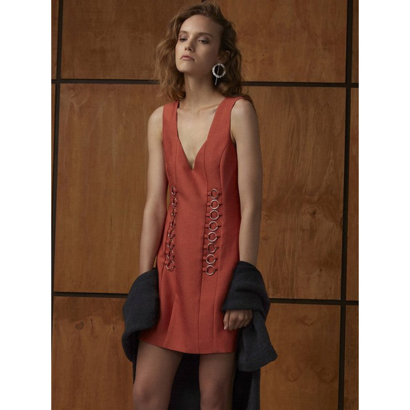 cmeo-collective-two-can-win-dress-burnt-sienna