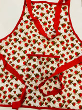 Load image into Gallery viewer, Children's Christmas Apron